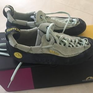 La Sportiva Womens Mythos Climbing Shoes for sale